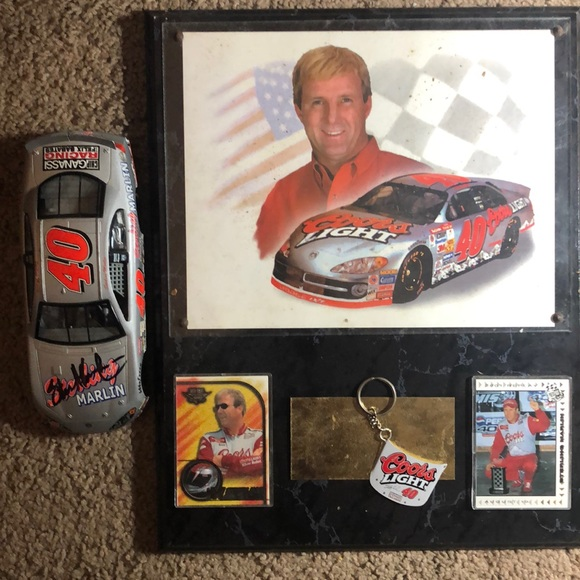 NASCAR. Collection sterling marlin#40 autographed